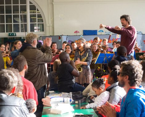 t Orchestra of London play at the Akwaaba Refugee Centre in Dalston, London. 16th April 2017.